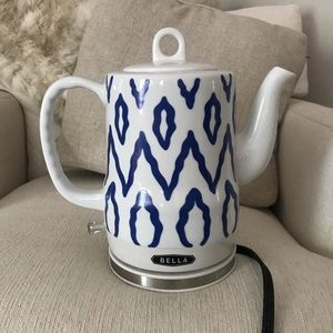 Other - Bella Electric Tea Kettle with Blue Pattern